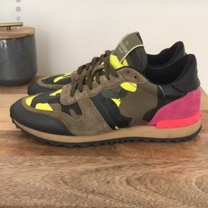 Valentino Camouflage Rockrunner Sneakers 39